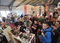 Český průmysl trpí nedostatkem pracovních sil, firmy hledají v cizině, na školách i na veletrzích
